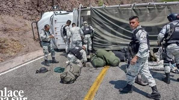 Se accidentan elementos de la Guardia Nacional.