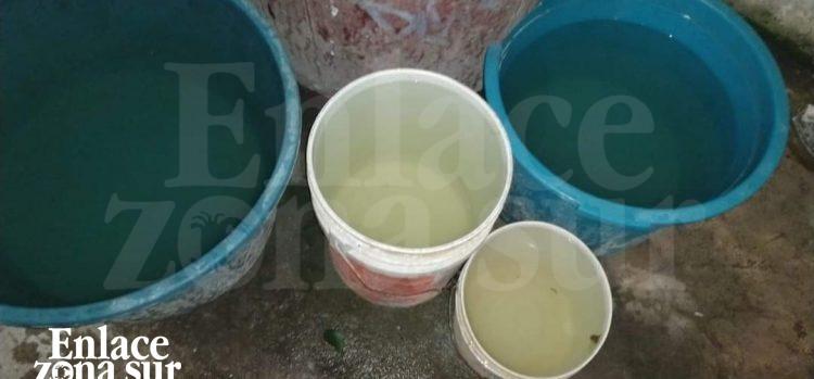 Agua sucia y salada; se quejan habitantes de Pueblo Viejo.